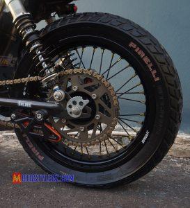 Modifikasi Honda Tiger : Roda Blk-Bersolek Angker Tracker