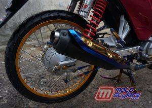 Modifikasi motor honda reabsolute revo 2009 Sukabumi : Kaki Blk-Layak Harian