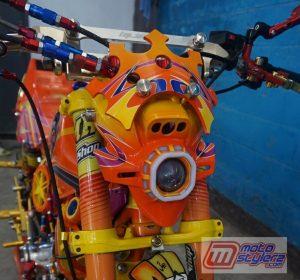 Modifikasi motor yamaha rx King Sumedang : Kedok - kustom Pro G