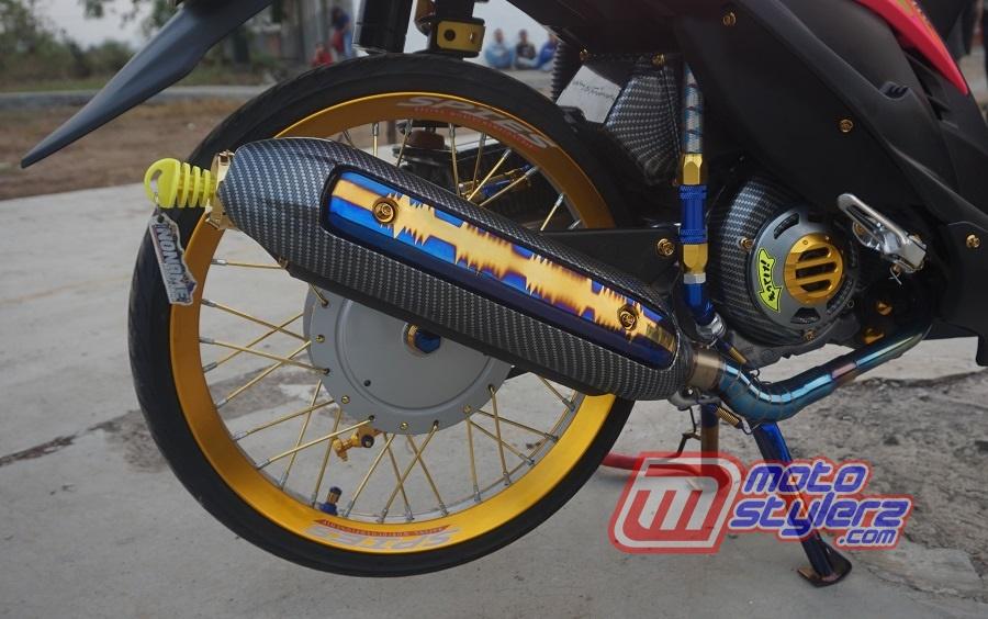 foto gambar modifikasi motor yamaha mio soul bekasi : Knalpot-Narsis Bareng Variasi Tsukigi
