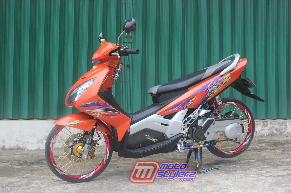 Modifikasi Nouvo Z 2005 Palembang Tampilan Elegant Look Meriah