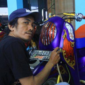 Roemahkoe Airbrush (Makassar): Berguru 6 Tahun, Specialis Tato Grafis Motor & Mobil