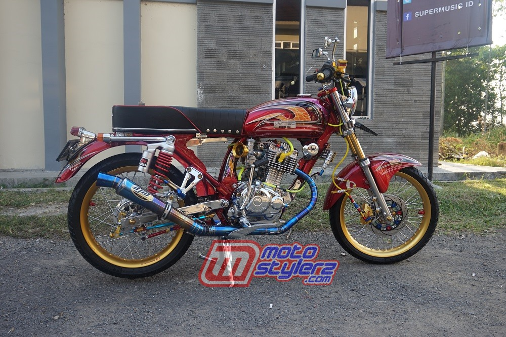 modifikasi motor jadul honda 125 Indramayu : Modifikasi CB125-Classic Fashion Look