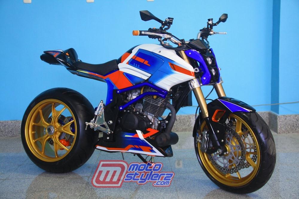 modifikasi motor honda tiger revo 2007 Makassar : Modifikasi Tiger-Berkonsep Futuristic