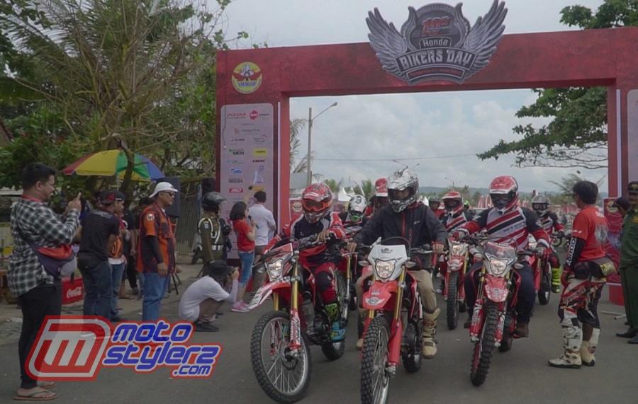 Broventure Honda CRF150L-Diramaikan 200 Bikers