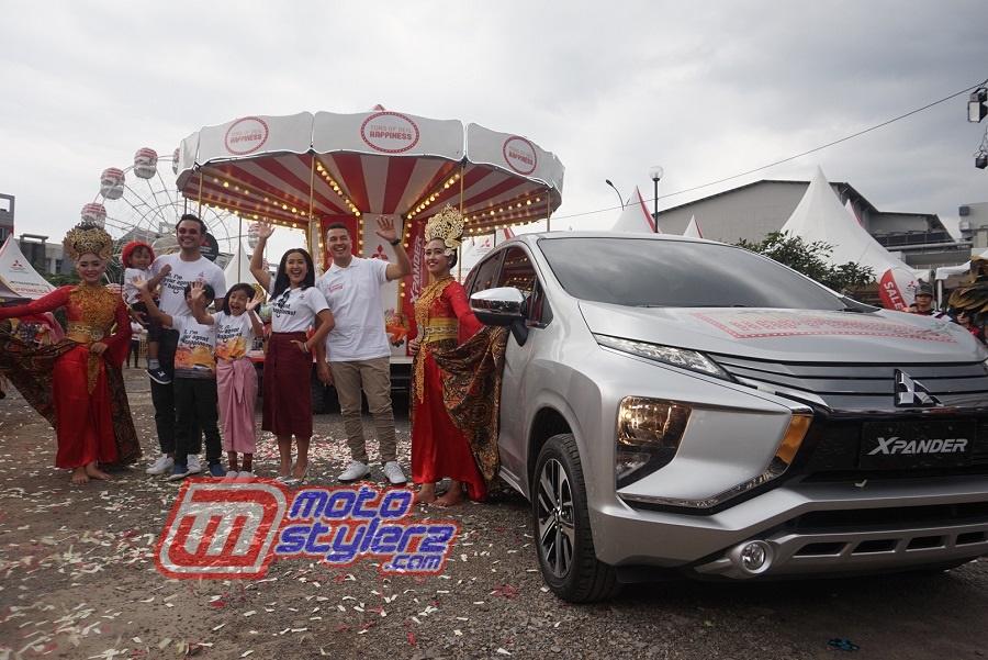 Keluarga Sasono & Rifat Sungkar-Sukses Menyapa Warga Bandung