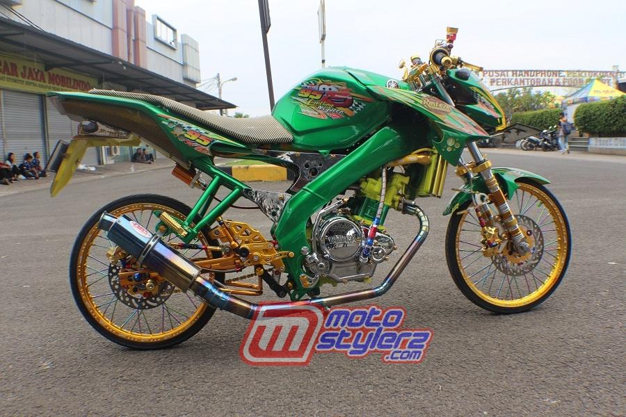 Modifikasi Vixion-Bertongkrongan Racing Pemula