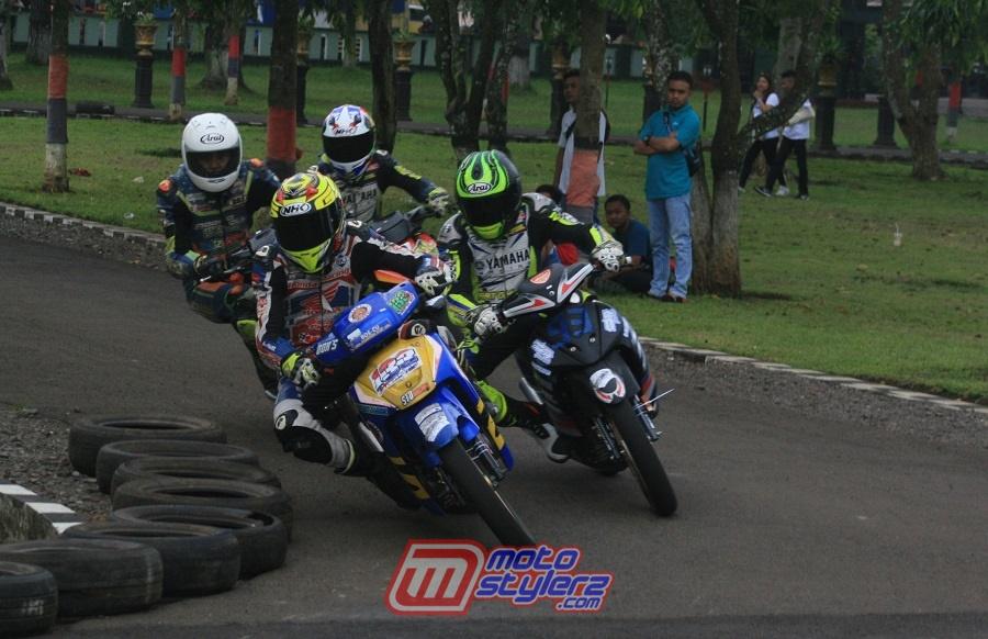 "Hasil Rolling Speed Danyon Armed 13 Road Race Championship ""2019 (Sukabumi): Ibay Wex Wex Pendekar Lokal, Ryansyah Memet Sukses JU Pemula"