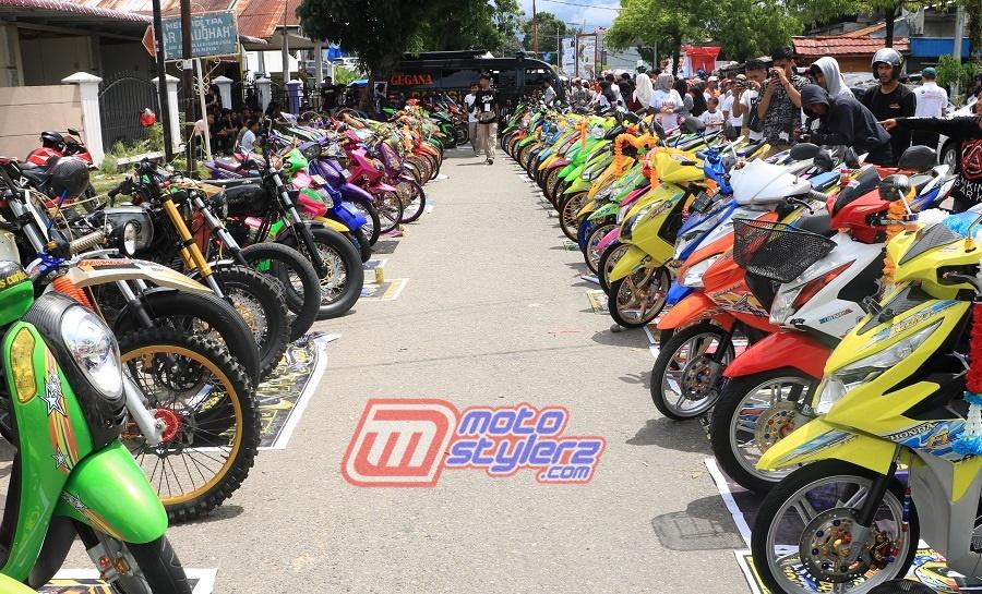 Millenial Road Safety Festival Bike Contest Padang-Dipanaskan 75 Maskot Keren