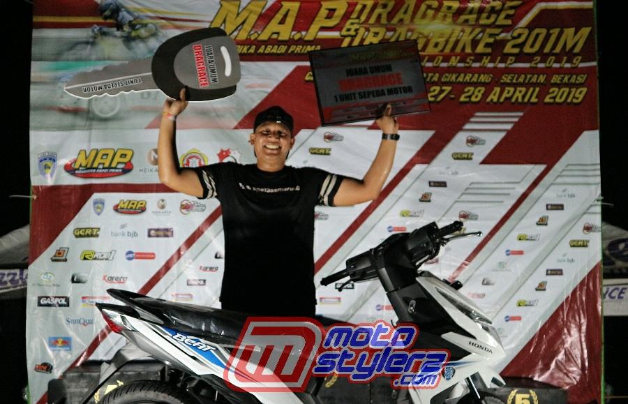 Juara Umum Drag Race-Diraih M Warsik Bareng Tim 13 Garage