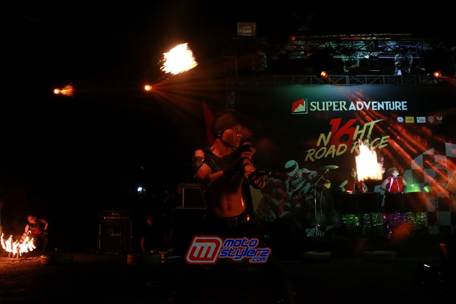 Fire Dance-Lengkapi Nuansa Party Night Race