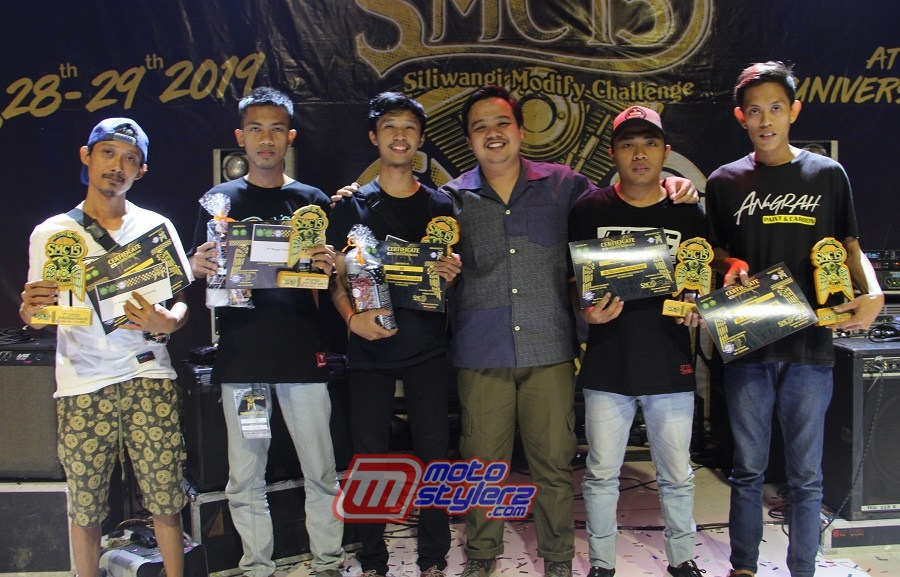 Podium Novice Street Racing-Performanya Stylish Harian