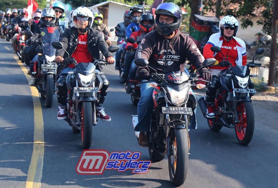 Touring bikers Honda-Start dari The Radian Hotel Cirebon menuju Museum Linggarjati Kuningan