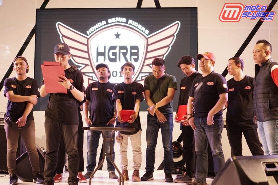 Pembacaan Deklarasi-Dipimpin Ketua Honda Genio Rider Bandung Bro Ari