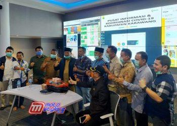 Penyerahan Bantuan 1 M Dari Dewasenna-Diterima Langsung Wakil Bupati Karawang (H. Ahmad Zamakhsyari)