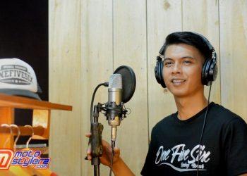 Proses Rekaman & Video Clip Asep Bedun Saat Melantunkan Lagu Aisyah Istri Rasulullah (1)