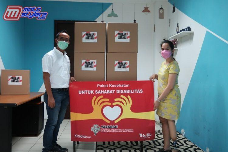 Wakil Ketua Yayasan AHM (Ahmad Muhibbuddin)Menyerahkan 200 Paket Bantuan Secara Langsung Di Kantor ThisAble Enterprise, Jakarta