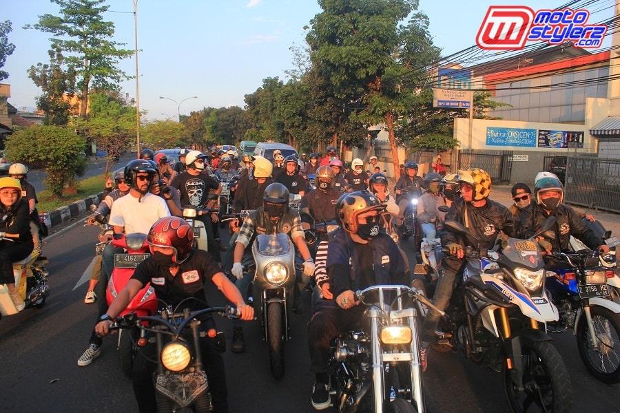 Ngabret Bareng (Fun Riding)-Jadi Pembuka Wajib, Diikuti 40 Motor Kustom
