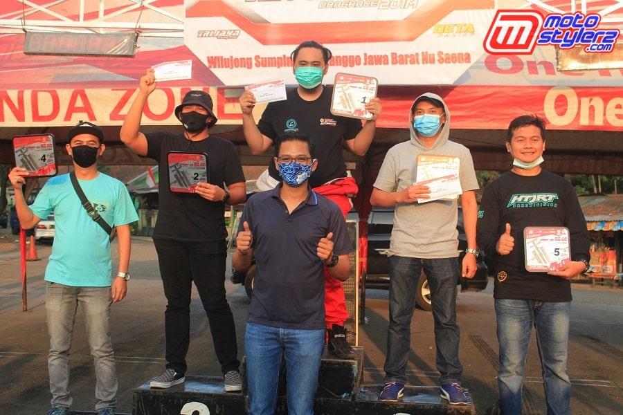Podium Bracket 9 Detik-Diserahkan Oleh H. Rio Teguh Pribadi (Tokoh Otomotif Jawa Barat