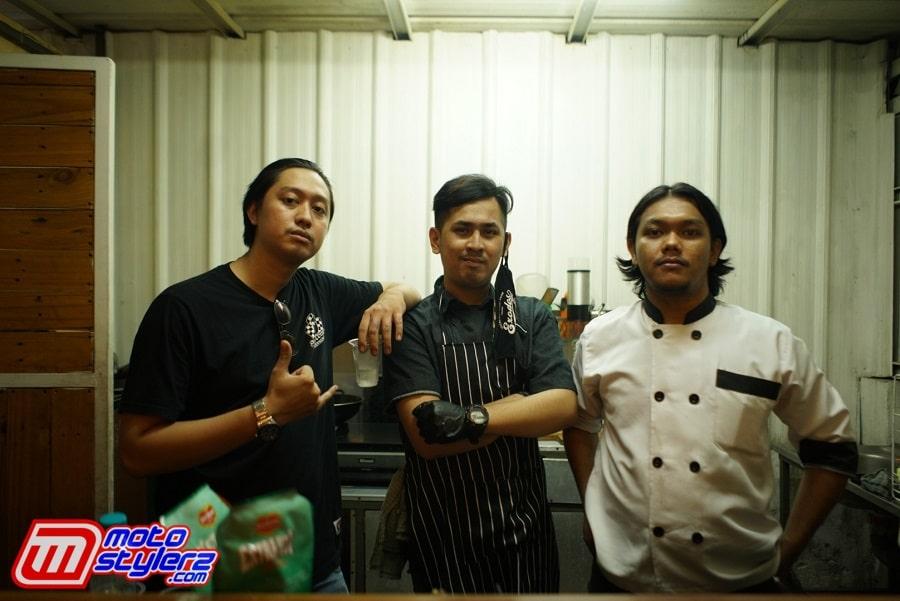 Trio Chef Exodos-Manjakan Ultah SID Dengan BBQ Bercita Rasa Laziz