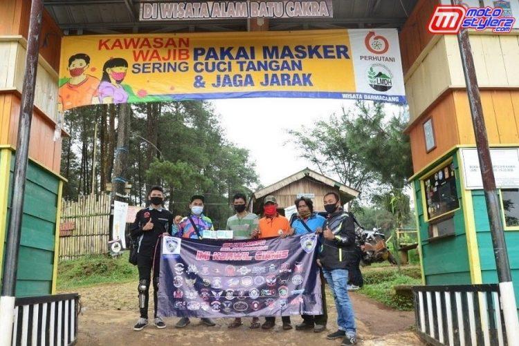 Teten Primajaya (Sekum IMI Korwil Ciamis, Didampingi Indra Oded (Kabid Roda 2 IMI Korwil Ciamis), Perwakilan Club, Karang Taruna & Perhutani