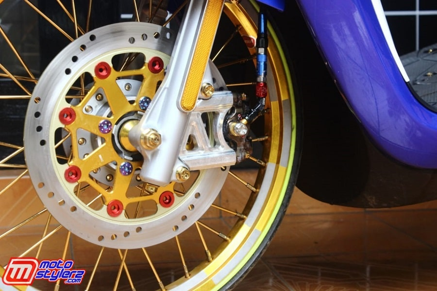 Disc Fast Bikes-Asek Buat Geberan Harian